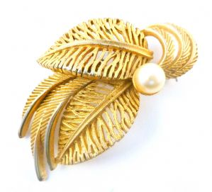 Vintage Textured Leaf Brooch With Faux Pearl By Sphinx